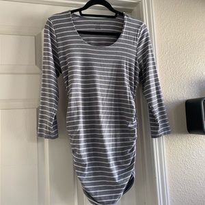 Pea in the Pod Maternity Top - Size M